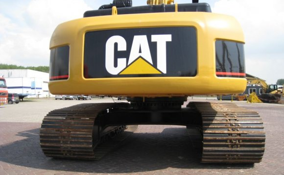 Caterpillar CAT 325DL