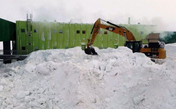 Snow excavation at Davis