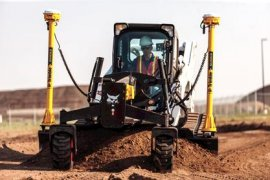 Bobcat T870 compact track loader with grader accessory and 3D prepared system.